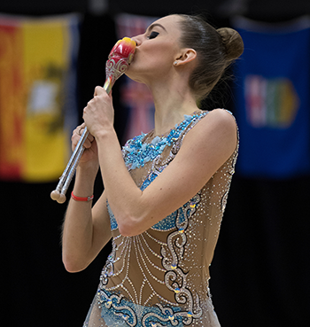 Carmel Kallemaa captures first senior all-around title at 2021 Virtual Elite Canada in Rhythmic Gymnastics
